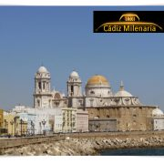 Cádiz ciudad milenaria. Haga turismo en taxi. Precio 4 pax por taxi