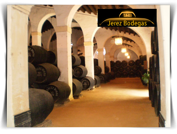 Jerez y sus famosas bodegas. Sherry. Vino de Jerez. Haga turismo en taxi. Precio 4 pax por taxi